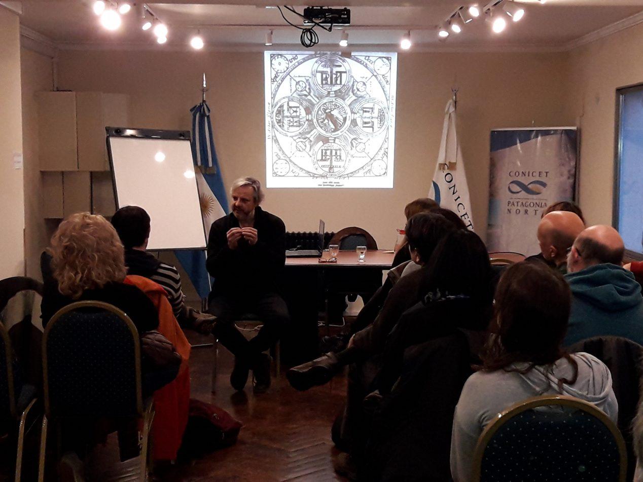 Charla sobre Borges en Bariloche