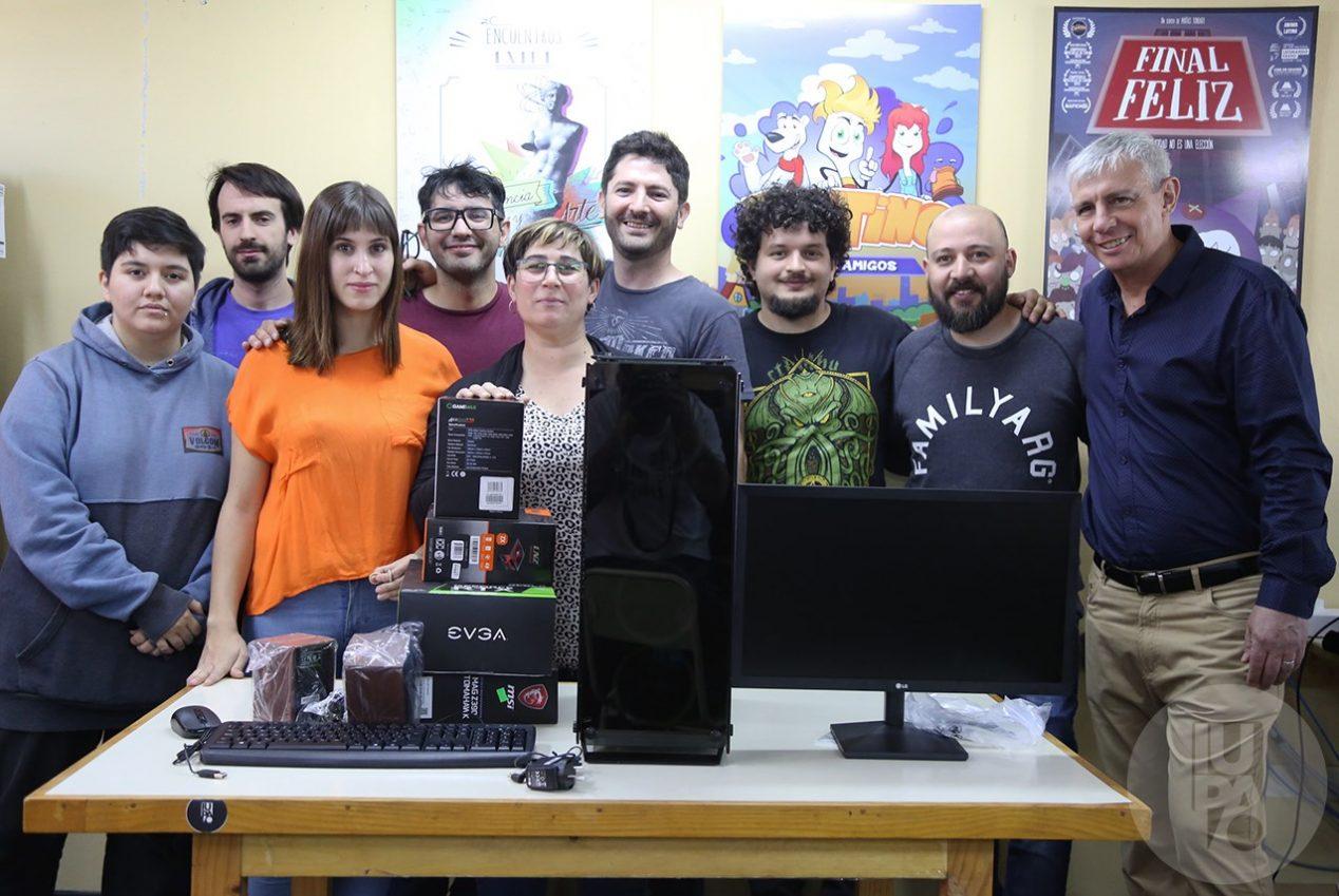 donación de equipamiento a IUPA Toons, de parte de Pinturerías El Dante